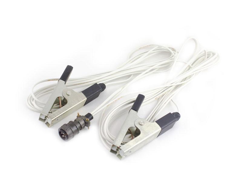 Два измерительных провода с зажимами типа «крокодил» длиной 5 м и общим разъемом для подключения к ИВБ (для измерения сопротивления)